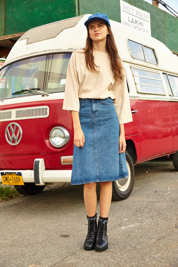 [Zoey 8028] Medium Washed Skirt