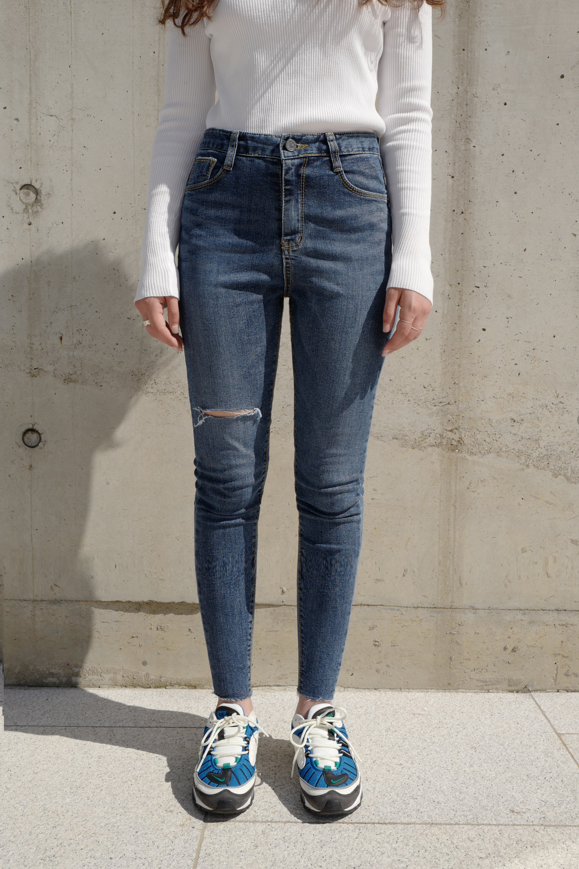 [SONIA 3015] Dark cutting Brushed Jean